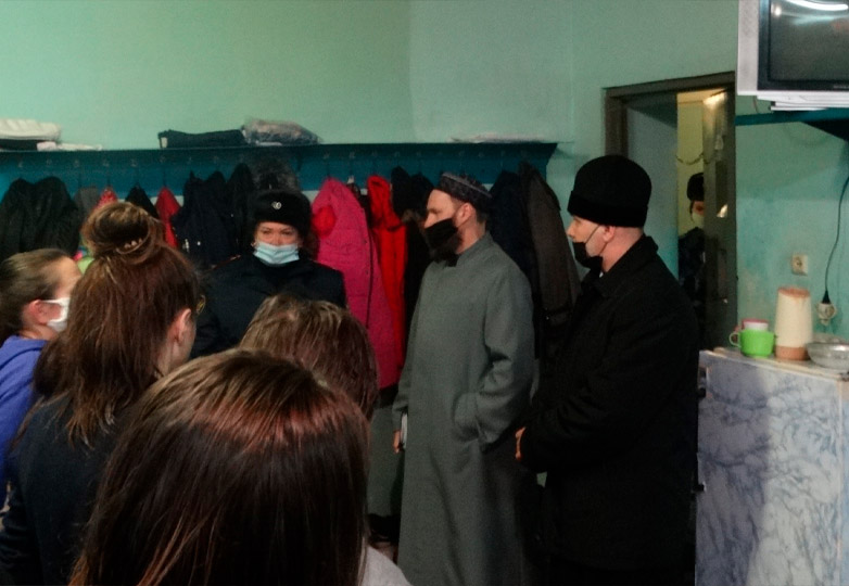 СИЗО-5 Отец Владимир и Абдулькарим Миндубаев