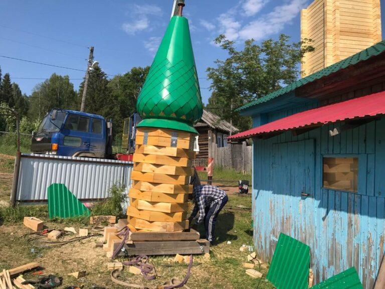 Новый минарет в родовом селе Рустам хазрата Рахматуллы