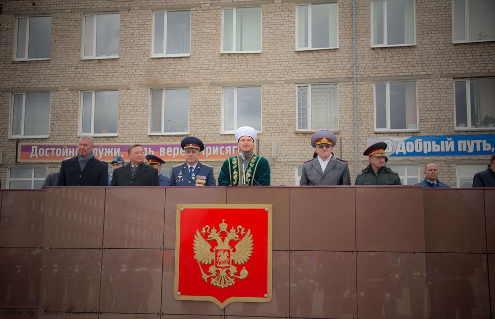 Поздравили курсантов с принятием присяги